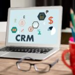 Co to jest system CRM